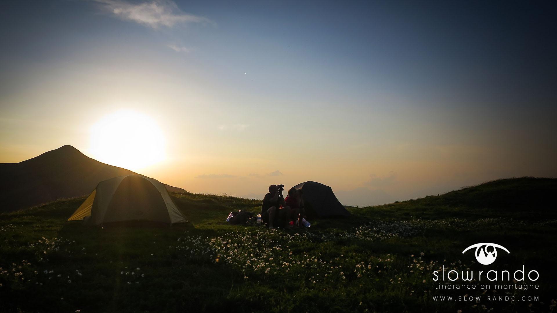 Beaufortain Tour Itinerance Trek Bivouac Observation Tente Slow Rando