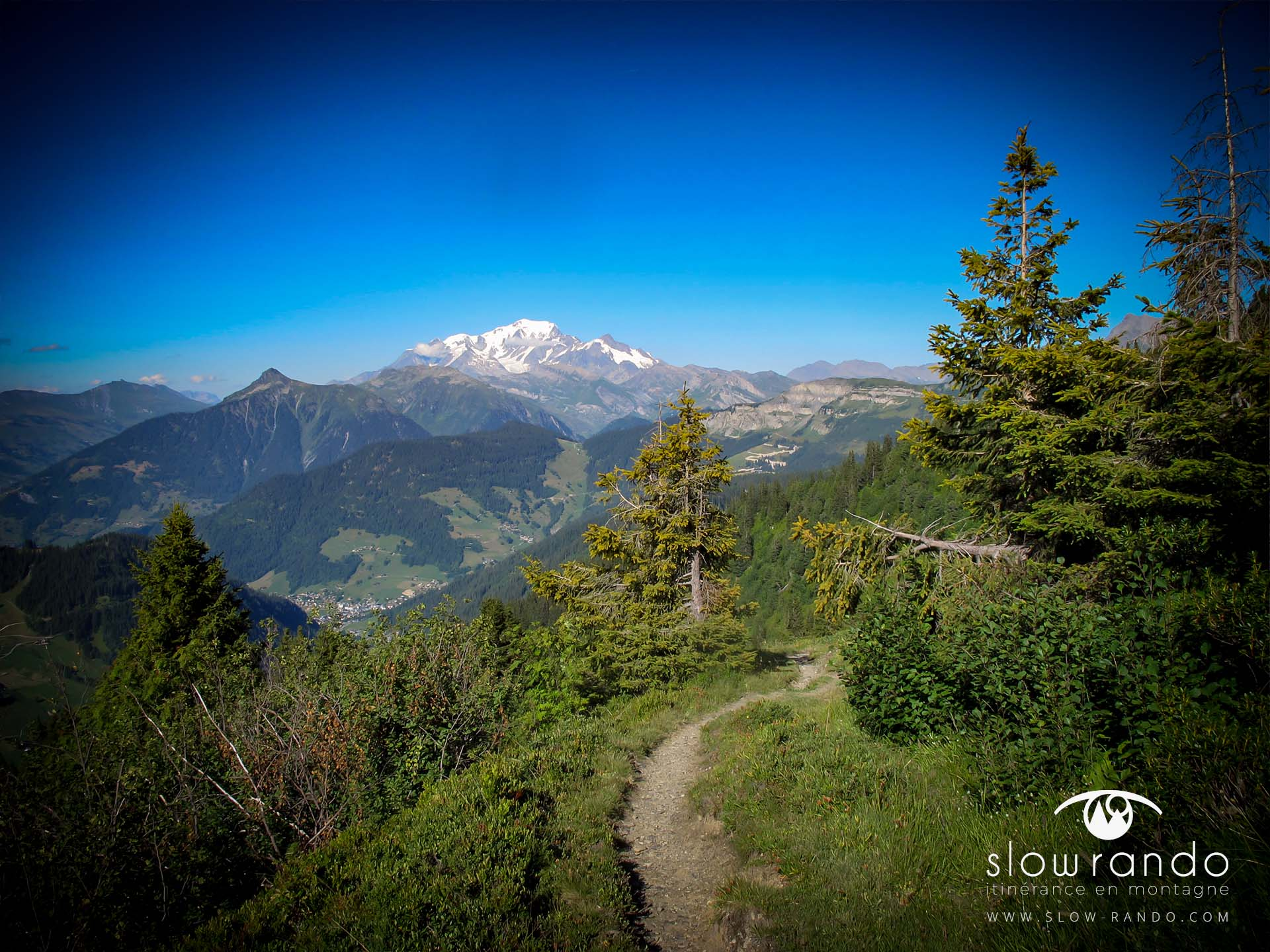 Beaufortain Tour Itinerance Trek Sentier Balcon Refuge Arolles Mont Blanc Slow Rando