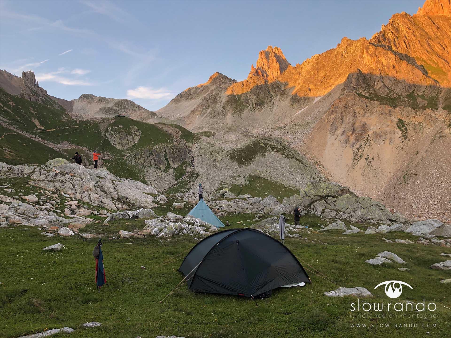 Beaufortain Tour Itinerance Trek Bivouac Ambiance Soir Slow Rando