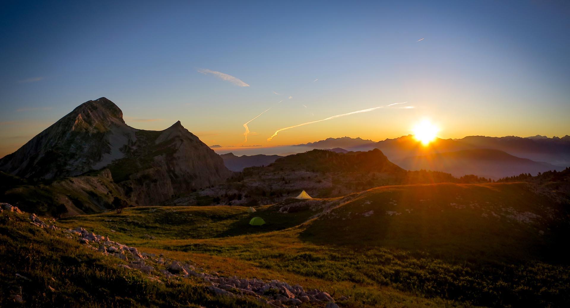 Bivouac Lever Soleil Alpes Grand Veymont Hauts Plateaux Vercors Itinerance Sejour Trek Tente Slow Rando