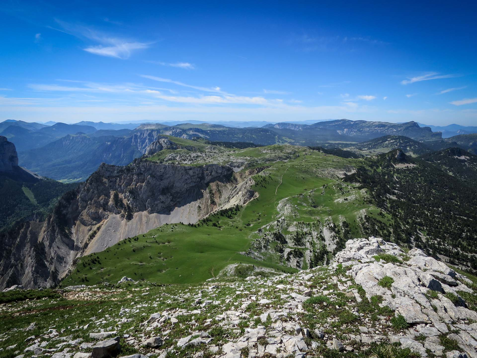 Panorama Grand Veymont Hauts Plateaux Vercors Itinerance Sejour Trek Tente Slow Rando