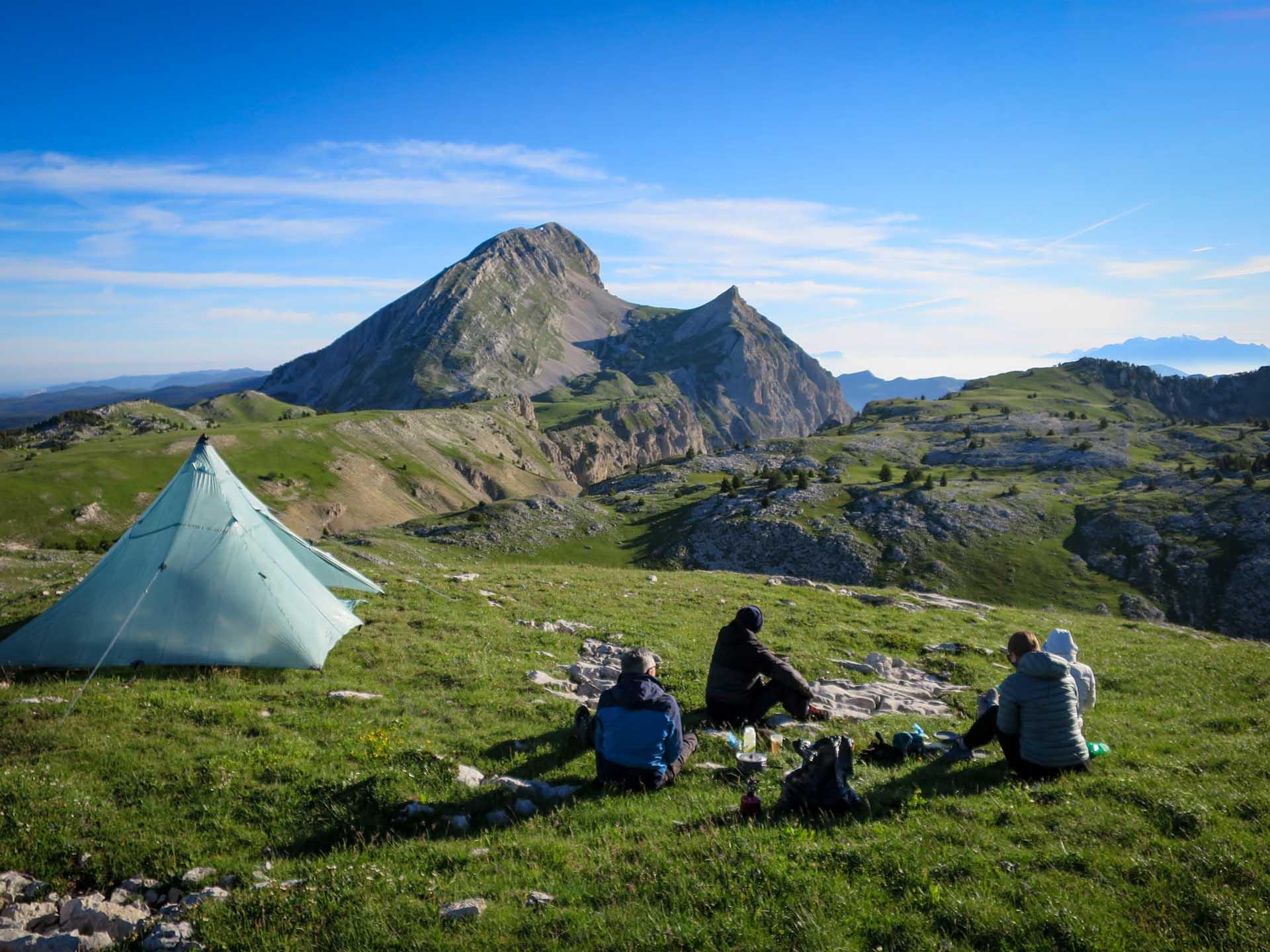 Petit Dejeuner Tipi Grand Veymont Hauts Plateaux Vercors Itinerance Sejour Trek Tente Slow Rando