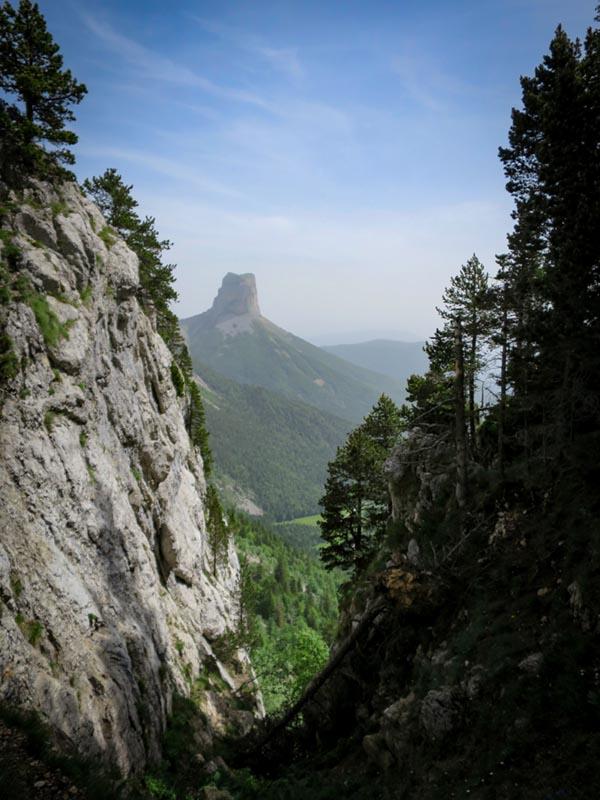 Slow Rando Reserve Hauts Plateaux Vercors Mont Aiguille Rochers Parquet