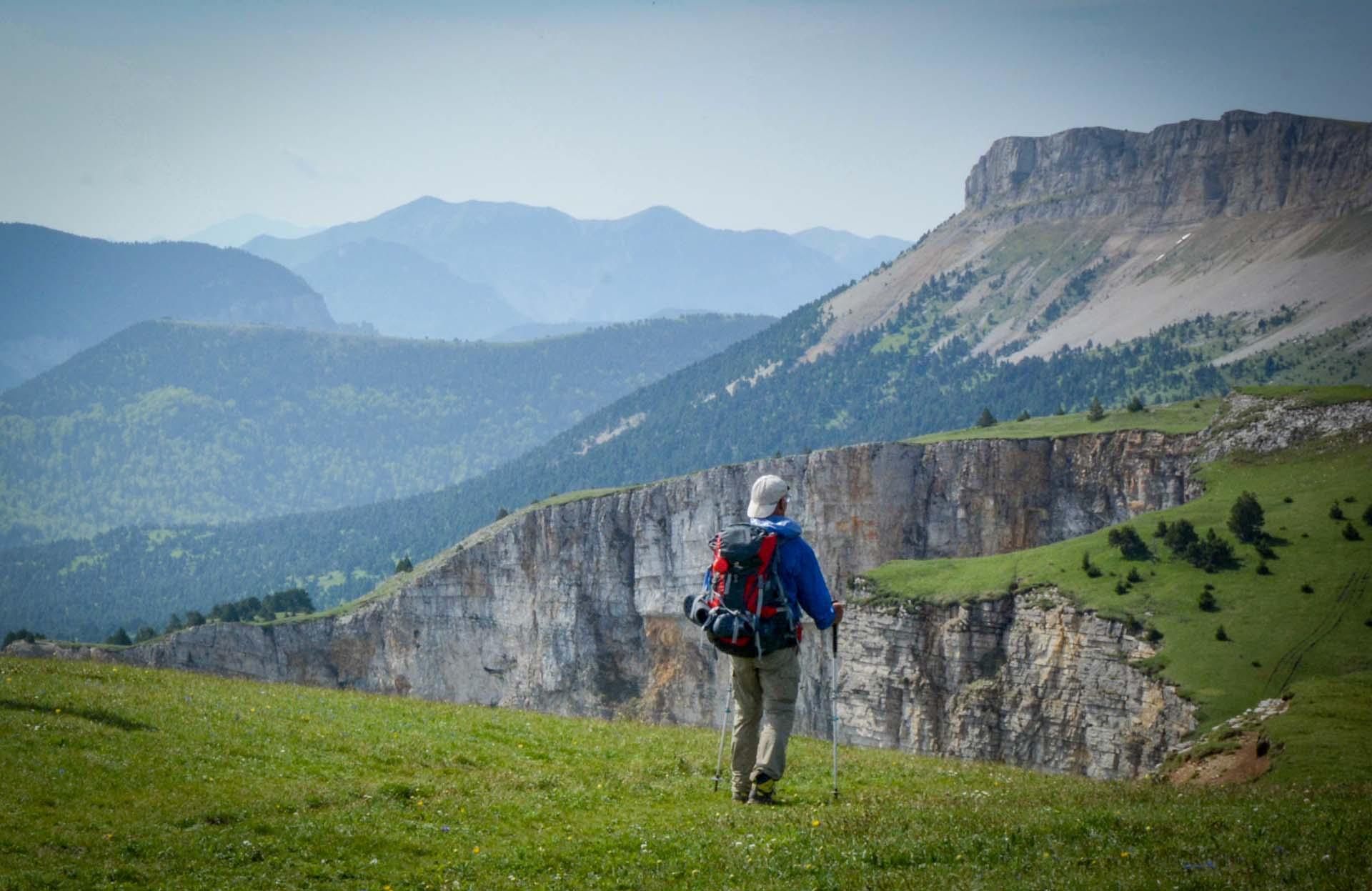 Slow Rando Sejour Liberte Decouverte Bivouac Hauts Plateaux Vercors Mont Aiguille Crete Tete Chevaliere