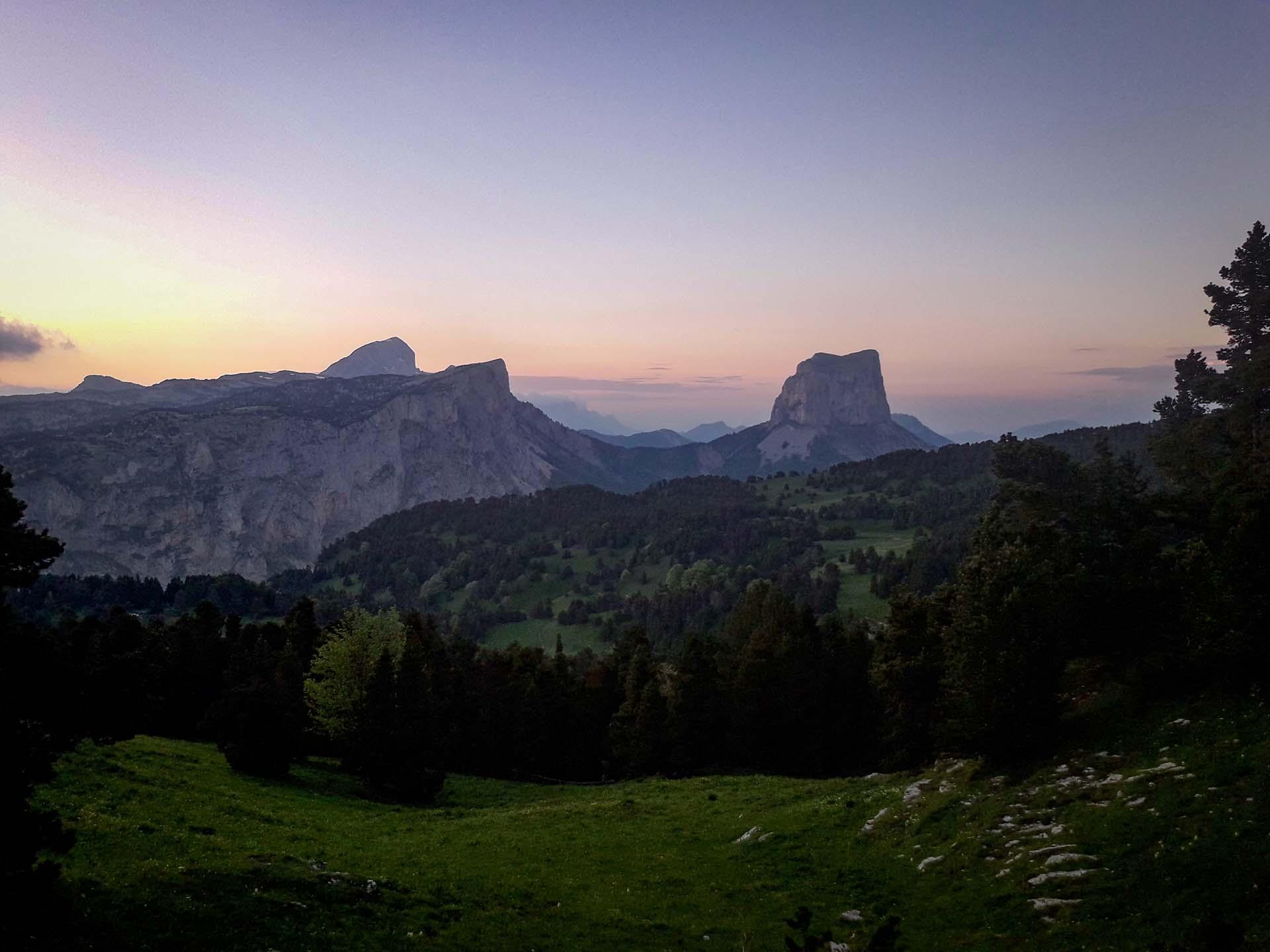 Slow Rando Sejour Liberte Decouverte Bivouac Hauts Plateaux Vercors Mont Aiguille Couhcer Soleil