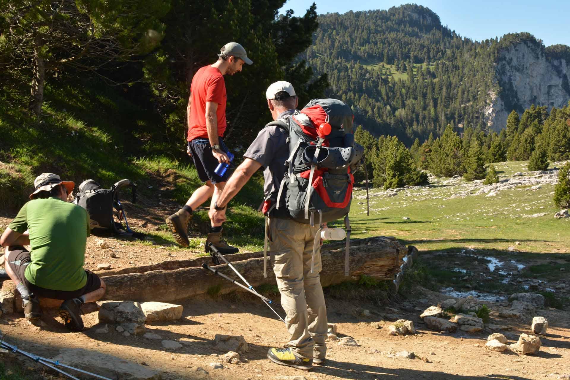 Slow Rando Sejour Liberte Decouverte Bivouac Hauts Plateaux Vercors Mont Aiguille Fontaine Endettes Pre Peyret Source