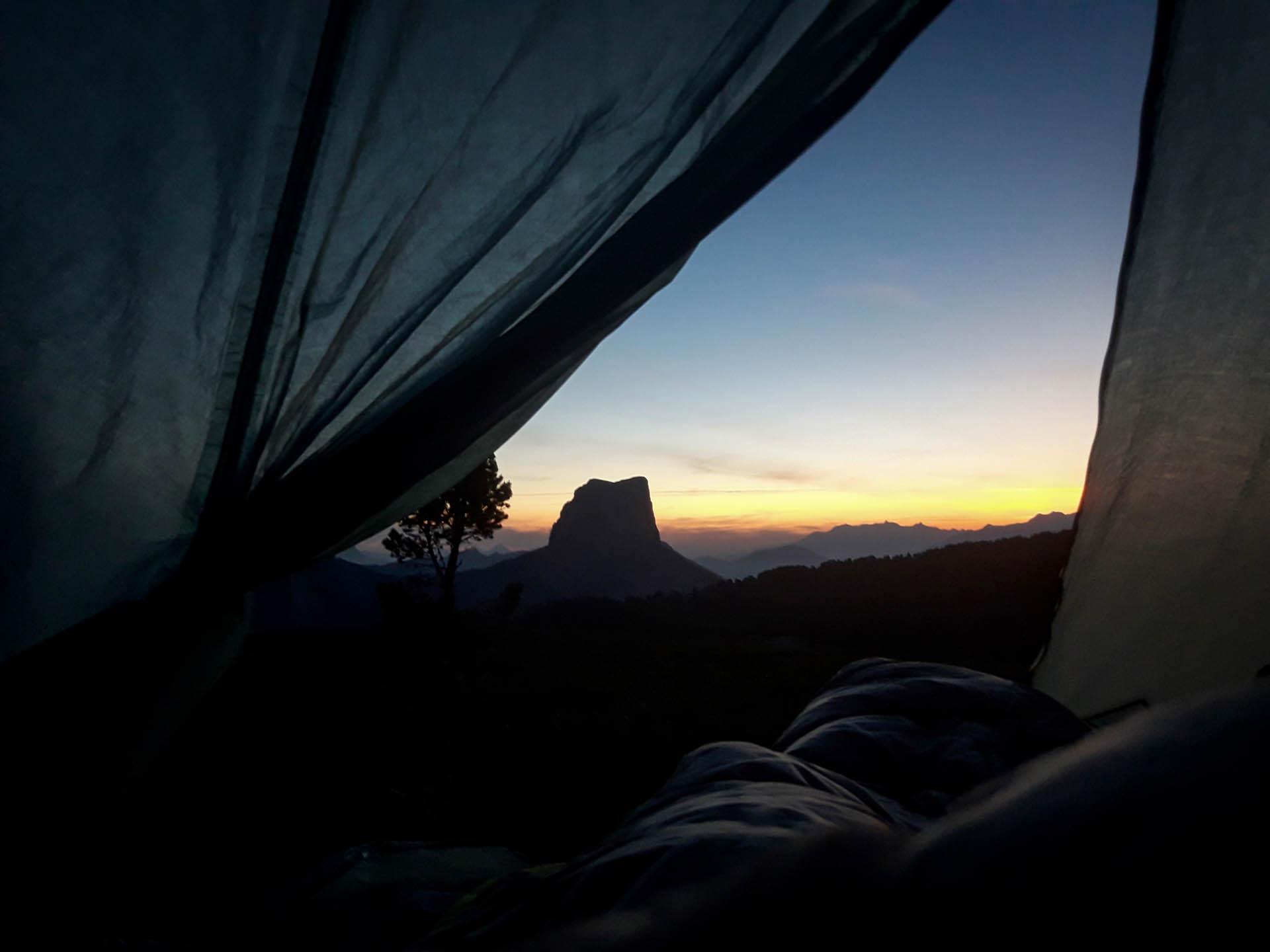 Slow Rando Sejour Liberte Decouverte Bivouac Hauts Plateaux Vercors Mont Aiguille Lever Soleil